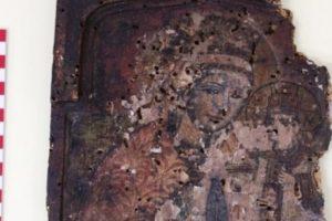 Ο θάνατος μητέρας και γιού αποκάλυψε θησαυρό εικόνων και εκκλησιαστικών ειδών