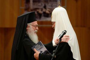 Ευχές Πατριάρχη Μόσχας στον Αρχιεπίσκοπο Αλβανίας Αναστάσιο