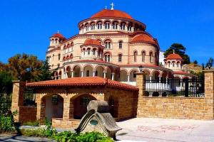Μια φωνή όλοι οι Έλληνες-Φουντώνει πανελλαδικά το κίνημα: «Ανοιχτοί Ναοί την ημέρα των Φώτων…»