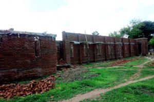 Μαλάουι: Προτεραιότητα το χτίσιμο ναών