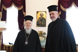 Γέροντας Χαλκηδόνος Εμμανουήλ κατά το Μικρό Μήνυμα: «Μέγα έργον… ο σεβασμός των ιερών της Εκκλησίας θεσμίων»