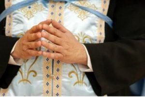 Ο ιερέας από την Κάλυμνο ζητεί να κοινωνήσει ασθενείς με κορονοϊό στο νοσοκομείο