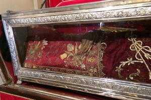 Το θαυματουργό και άφθαρτο λείψανο της Αγίας Θεοδώρας