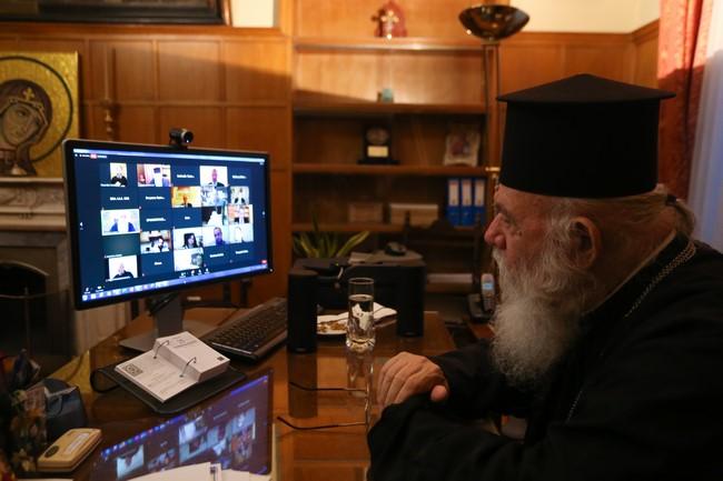 """Αρχιεπίσκοπος Ιερώνυμος :<br> """"Ξέρω τι σημαίνει να ανακαλύπτεις κάτι νέο"""""""