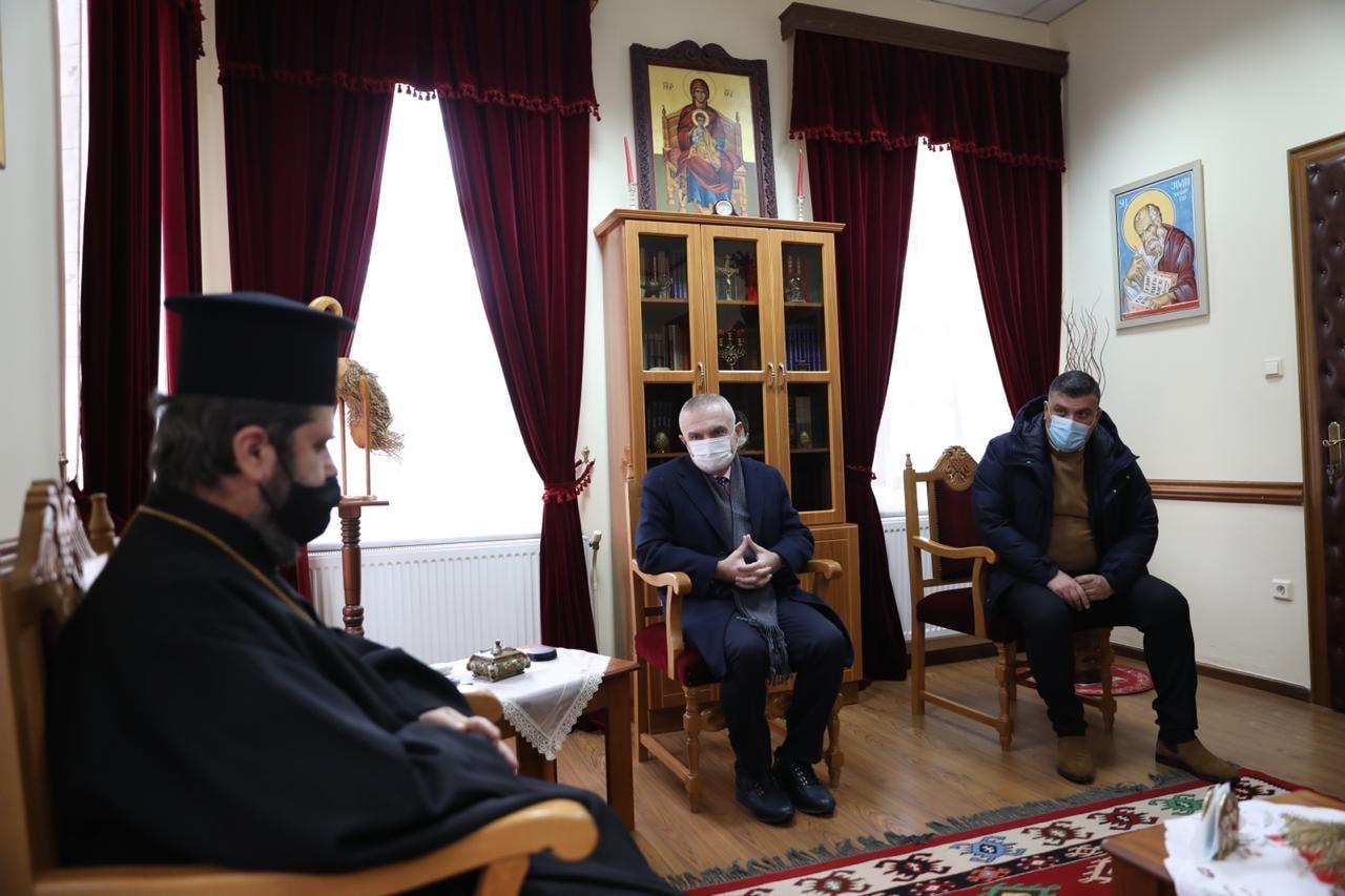 """You are currently viewing Ιλίρ Μέτα: """"Η διαφθορά εμποδίζει την επιστροφή των περιουσιών στις θρησκευτικές κοινότητες της Αλβανίας"""""""