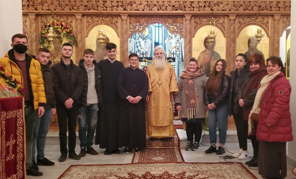 You are currently viewing Εόρτασε το Μοναστήρι του Αγίου Βλασίου στο Δυρράχιο Αλβανίας