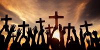 Σήμερα ο Χριστός ξανασταυρώνεται…..