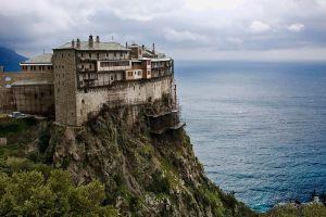 Απαράδεκτη επίθεση Αγιορειτών Πατέρων στον Διοίκηση  του Αγίου Όρους για δήθεν αντιθεσμικές παρεμβάσεις και άλλα ηχηρά παρόμοια …