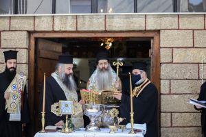 Ο Φθιώτιδος Συμεών τήρησε την υπόσχεσή του προς τους μαθητές της Εκκλησιαστικής Σχολής Λαμίας.