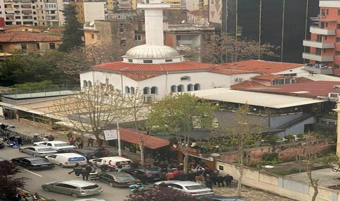 You are currently viewing Η Ορθόδοξη Κοινότητα Αλβανίας καταδικάζει την επίθεση σε τζαμί στα Τίρανα