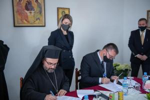 Μετά από 54 χρόνια παραδόθηκαν στην Εκκλησία της Αλβανίας τα λείψανα του αγίου Ιωάννη του Βλαδίμηρου