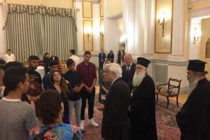 """Όταν οι """"Ρομαλαίοι"""" επισκέφθηκαν τον Πρόεδρο της Δημοκρατίας (video) – Παγκόσμια Ημέρα ΡΟΜΑ"""