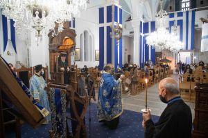 Κύπρου Χρυσόστομος: Η Παναγία μας θεραπεύει την λύπη και μας ανακουφίζει από τον πόνο