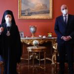 Τετ α τετ Δένδια με τον Οικουμενικό Πατριάρχη Βαρθολομαίο – Τι συζήτησαν