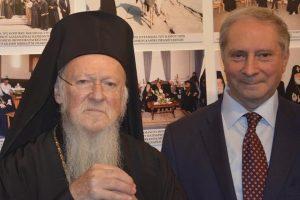 Το στερνό αντίο στο Νίκο Μαγγίνα από το Οικουμενικό Πατριαρχείο
