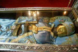 Σύγχρονα θαύματα από το λείψανο του Ιωάννου του Ρώσσου