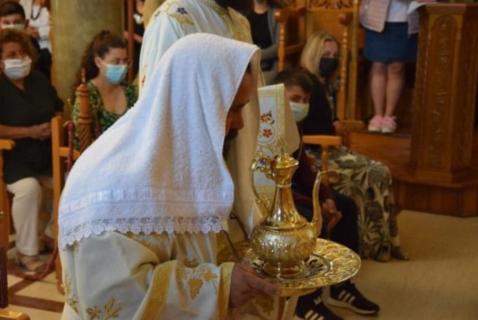 You are currently viewing Καρπενήσι: Νέες χειροτονίες στην Μητρόπολη – Πατέρας τριών τέκνων ο νέος Διάκονος
