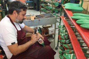 Μια αξιέπαινη πρωτοβουλία της ΑΠΟΣΤΟΛΗΣ: στηρίζει τις πολύ μικρές επιχειρήσεις με παραγωγικό εξοπλισμό