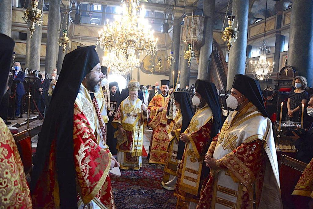 You are currently viewing Η Κυριακή της Σαμαρείτιδος στο Οικουμενικό Πατριαρχείο παρουσία του Διοικητή του Αγίου Όρους και Προέδρου των Αρχόντων κ. Αθανασίου Μαρτίνου