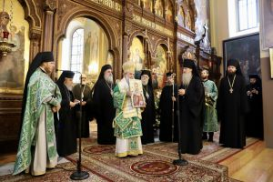 Στη Ρωσική Εκκλησιαστική Αποστολή ο Πατριάρχης Θεόφιλος χωρίς… επιφυλάξεις!