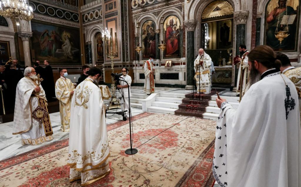 Η Κυριακή της Πεντηκοστής στον Καθεδρικό Ναό Αθηνών προεξάρχοντος του Μακ. Αρχιεπισκόπου Αθηνών κ. Ιερωνύμου