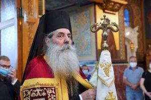 Η εορτή του Αγίου Πνεύματος στον Πανηγυρίζοντα Καθεδρικό Ιερό Ναό Αγίας Τριάδος Πειραιώς.