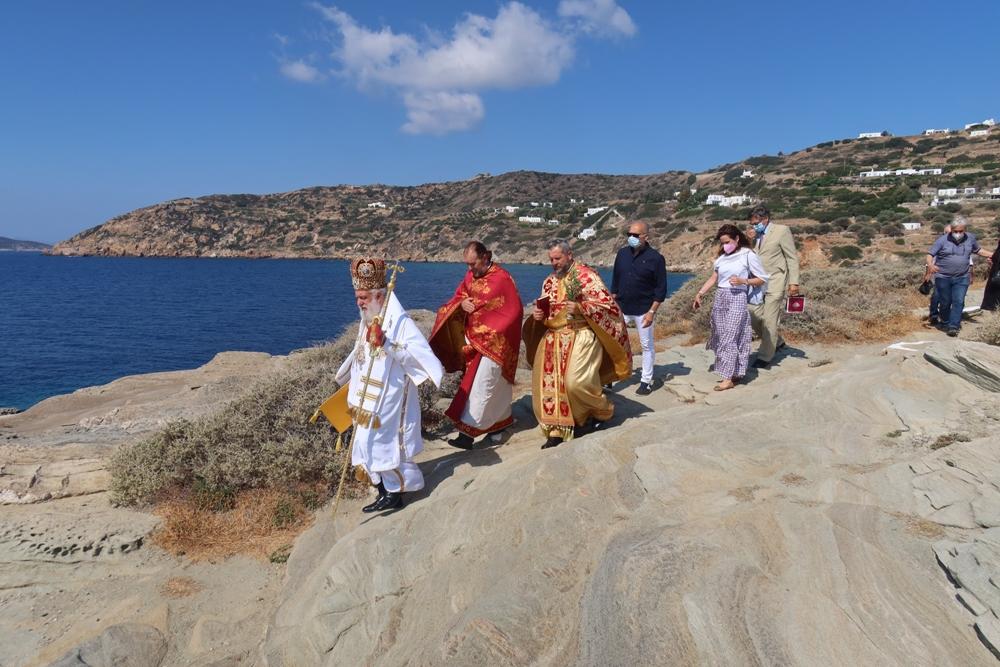 Η Απόδοση του Πάσχα στο Μοναστηριακό Προσκύνημα της Παναγίας Χρυσοπηγής στη Σίφνο