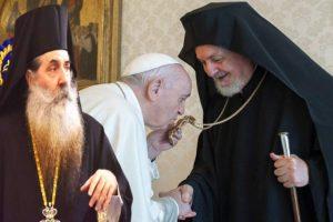 «Λάβρος»ο Πειραιώς Σεραφείμ κατά Πάπα: Επαγρύπνηση τώρα – Η παπική εξουσία… με τις ευλογίες του Φαναρίου!