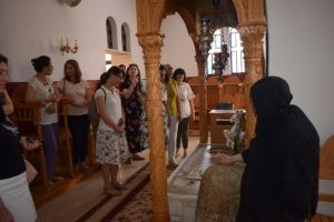 Ο τάφος της Αγίας Παρασκευής στη Μονή της Πούντας