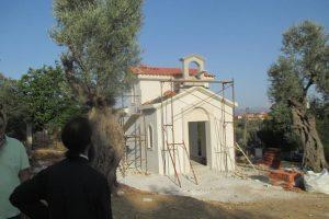 Μια νέα Εκκλησούλα στο Κάδι Κονιστρών με την φροντίδα του αεικίνητου Γέροντος Καρυστίας και Σκύρου κ. Σεραφείμ