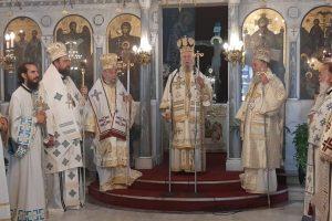 Πολυαρχιερατικό Συλλείτουργο στον Ι. Ναό Αγίας Τριάδος Κριεζών – Αλιβερίου