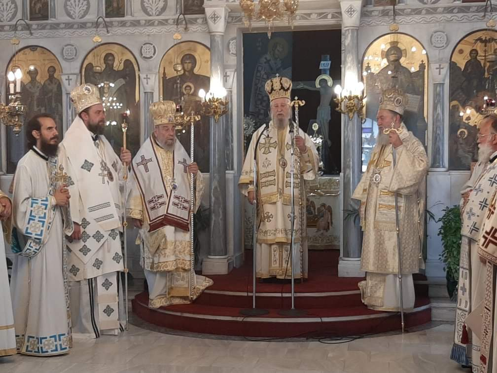 You are currently viewing Πολυαρχιερατικό Συλλείτουργο στον Ι. Ναό Αγίας Τριάδος Κριεζών – Αλιβερίου