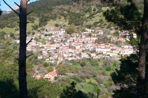 Χωριό Αμπελικό στη Λέσβο- ένα παράδειγμα οργάνωσης για όλη την Ελλάδα- Μπράβο στον π. Ευστράτιο