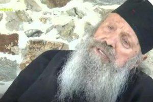 Απίστευτη δήλωση του Ηγούμενου Μάξιμου από την Εορδαία: «Αν κάνεις προσευχή με μάσκα ο Θεός δεν (!!!)θα τη λάβει υπόψιν»