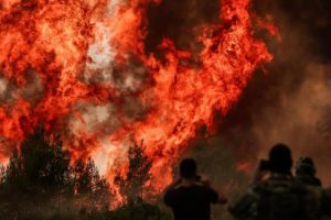 Μητρόπολη Ιλίου: Να αναπέμψουμε δέηση για τις πυρκαγιές