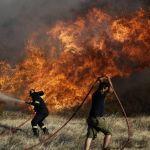 Μεγάλη φωτιά απειλεί την Ι. Μονή Χρυσοκελλαριάς Μεσσηνίας