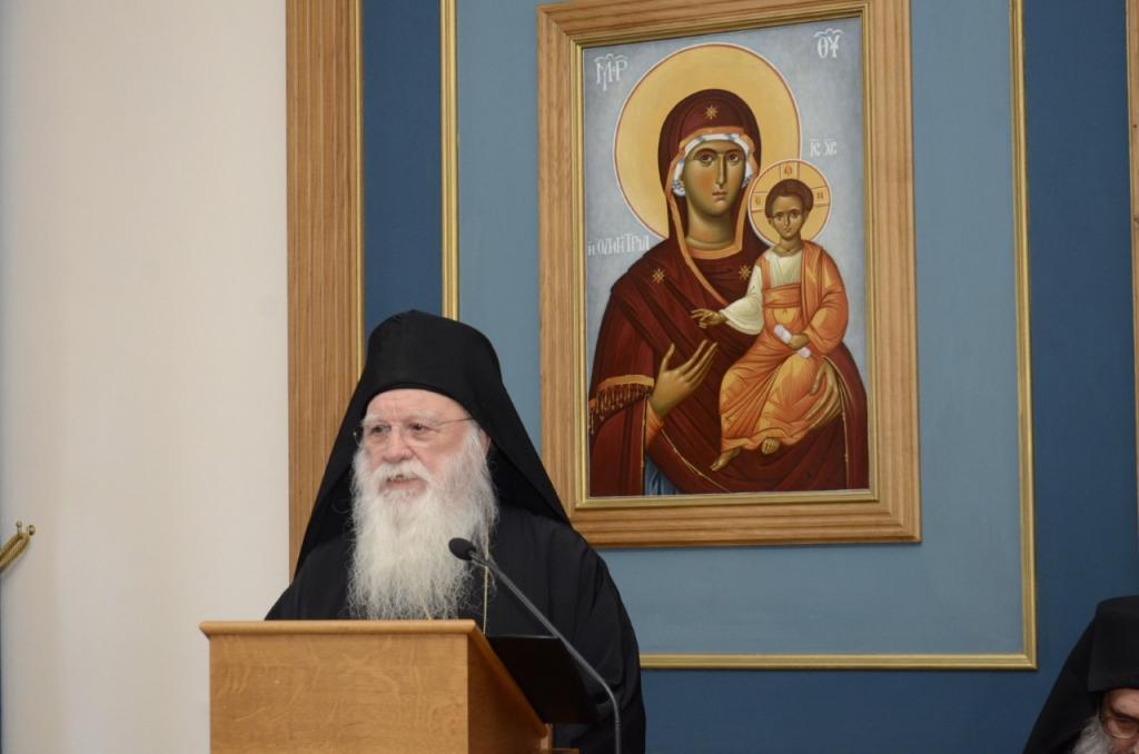 You are currently viewing Αλέξιος Ξενοφωντινός «Προσευχόμαστε ώστε να επέλθει η ειρήνη και η αγάπη στην Εκκλησία σας»