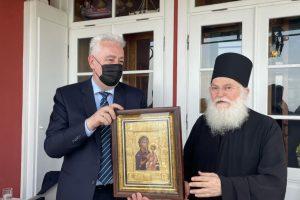 Ο διώκτης της Ορθόδοξης Εκκλησίας-Πρωθυπουργός του Μαυροβουνίου … προσκυνητής στην Μονή Βατοπαιδίου