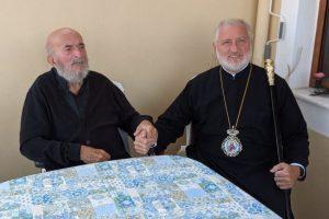 Ο Ελπιδοφόρος επισκέφθηκε και πήρε την ευχή του Γέροντα Μητροπολίτη π.Βελγίου Παντελεήμονος