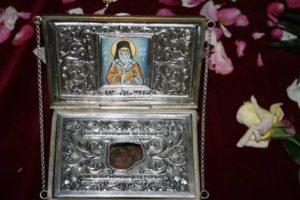 Ιερό λείψανο του Αγίου Νεκταρίου υποδέχεται ο Προφήτης Ηλίας Πυλαίας