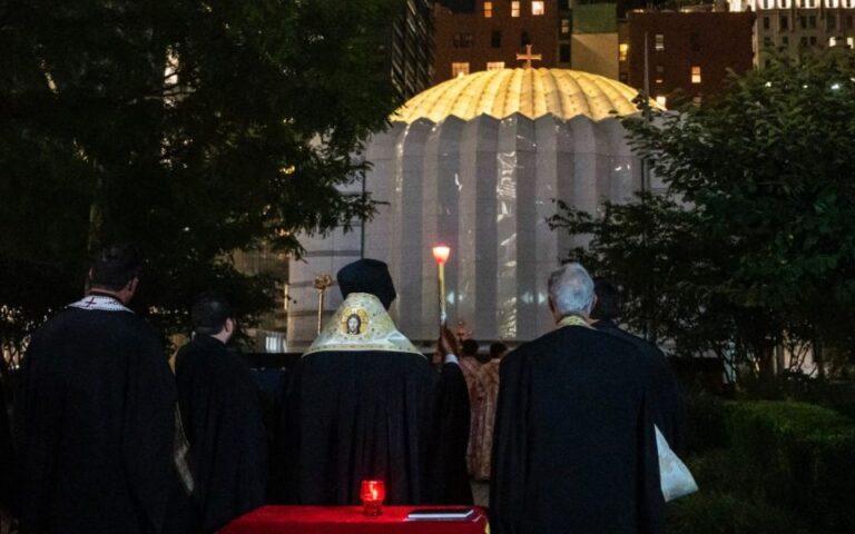 You are currently viewing Ο Αρχιεπίσκοπος Ελπιδοφόρος για την «ανάσταση» του Αγίου Νικολάου