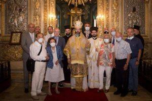 Ο Μητροπολίτης Σαράντα Εκκλησιών Ανδρέας λειτούργησε στην Παναγία του Πέραν