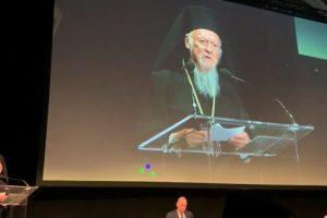 Ηχηρό και παρατεταμένο χειροκρότημα για την Πατριαρχική ομιλία στην Μπολόνια